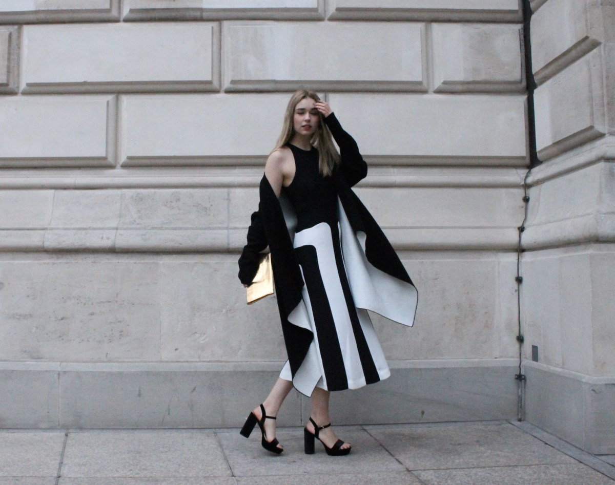 Black & White Look - Online Shopping vs. the Real Thing
